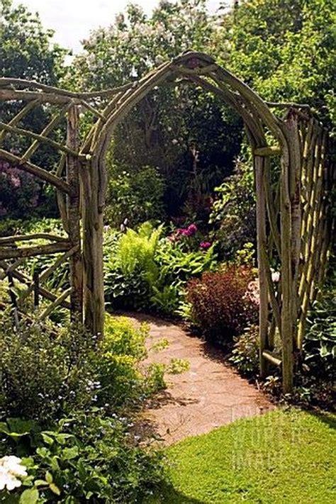 Secret-Garden-Diy-Rustic-Wooden-Arch