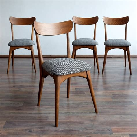 Set Of 4 Retro Dining Chairs