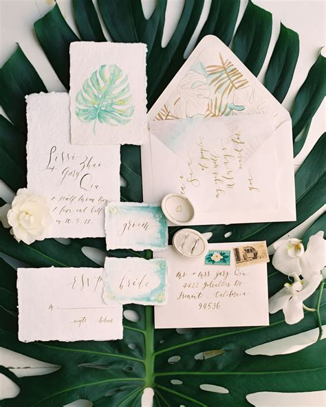 Set The Mood With Your Wedding Invitations