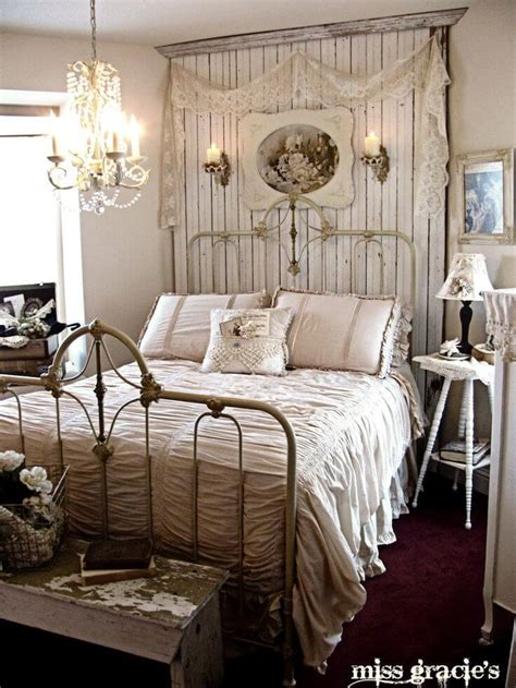 Shabby Chic Bedding Ideas
