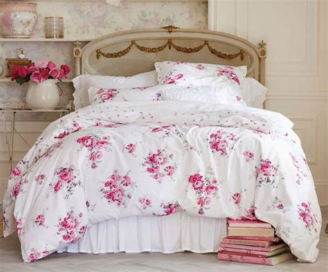 Shabby Chic Bedding Pink