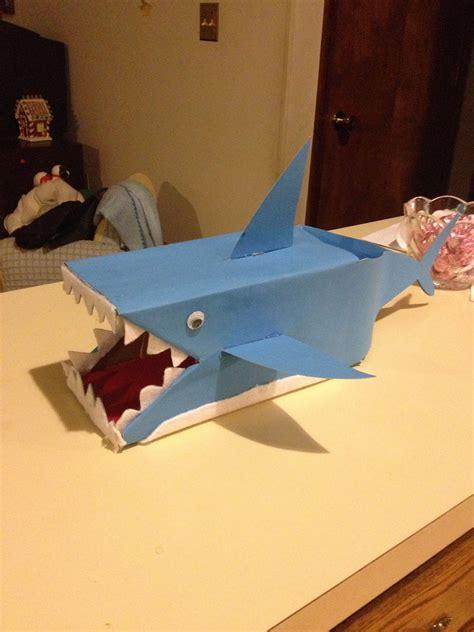Shark-Valentine-Box-Diy