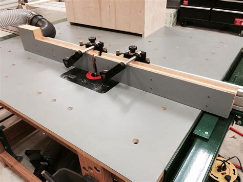Shop Made Table Saw Router Fence