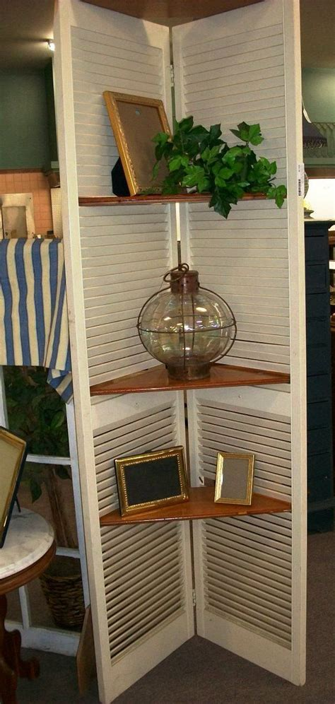 Shutter-Shelf-Diy