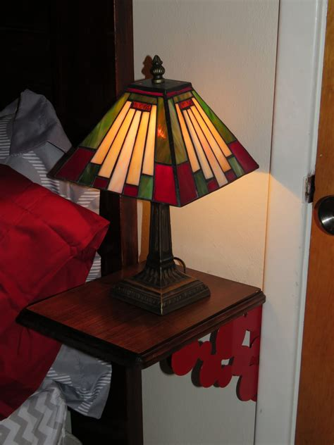 Simple Night Stand DIY Ideas