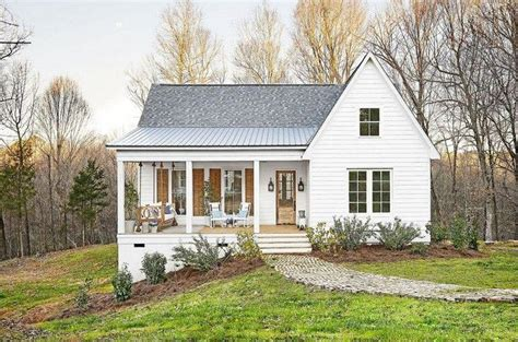 Simple White Farmhouse Plans