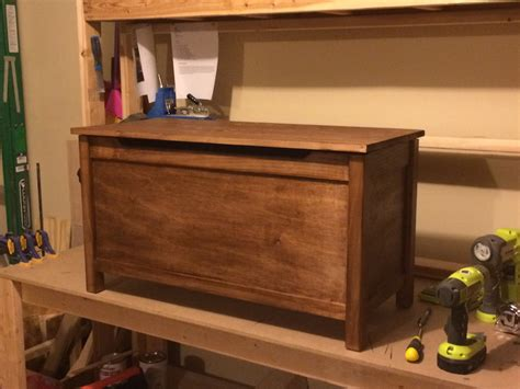 Simple Wooden Toy Box Plans