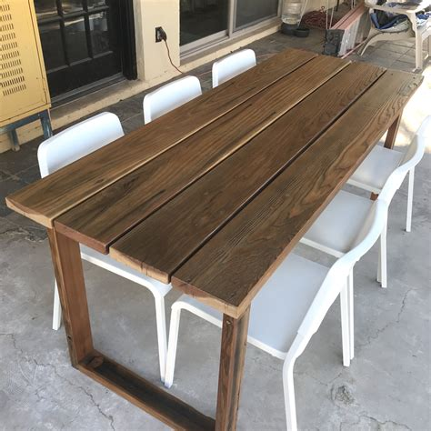 Simple-Dining-Table-Diy