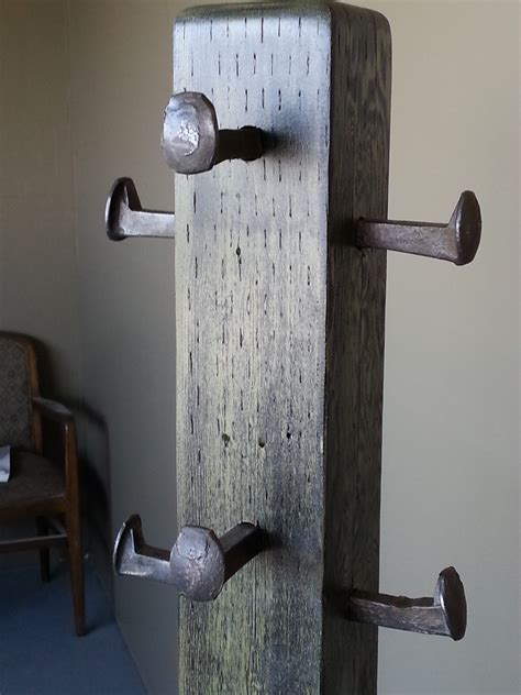 Simple-Diy-Coat-Rack