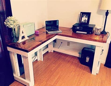 Simple-Diy-Computer-Desk