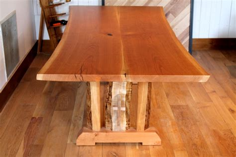 Simple-Mortise-And-Tenon-Farmhouse-Table