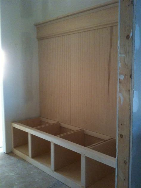 Simple-Mudroom-Bench-Plans