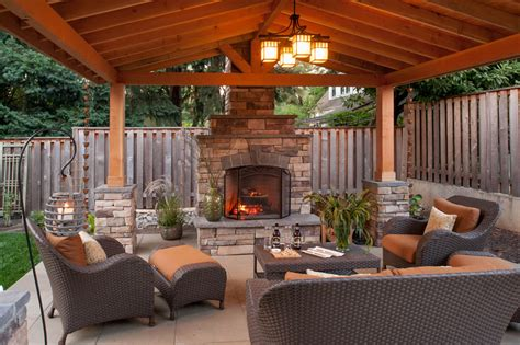 Simple-Outdoor-Fireplace-Plans