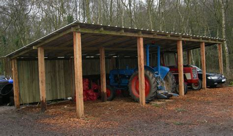 Simple-Tractor-Shed-Plans
