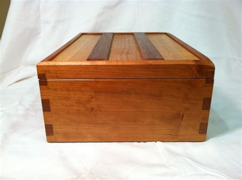 Simple-Wooden-Box-Plans-Free