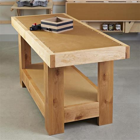 Simple-Wooden-Workbench-Plans