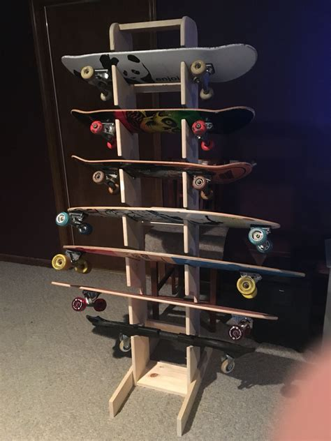 Skateboard-Rack-Diy-Van