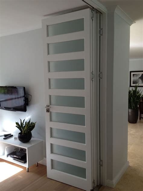Sliding-Door-Diy-Accoridan-Room-Divider
