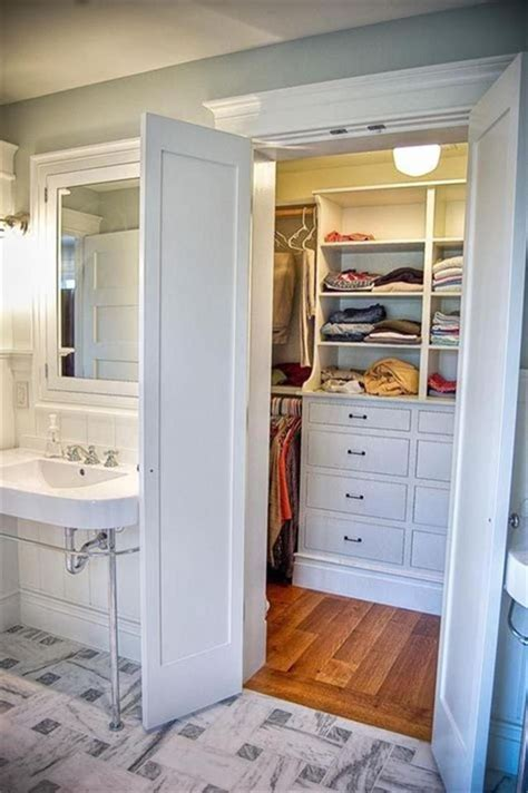 Small Bathroom And Walk In Closet Plans