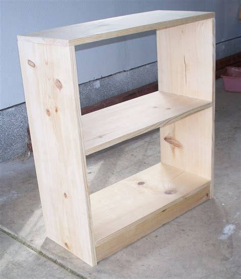 Small Bookcase Building Plans
