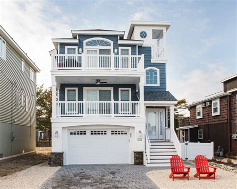 Small Coastal House Plans On Narrow Lots