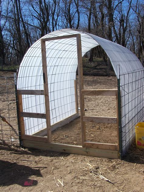 Small Greenhouse Hoop Barn Plans