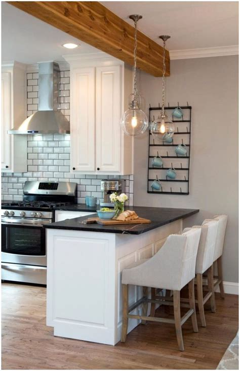 Small Kitchen Designs With Peninsula
