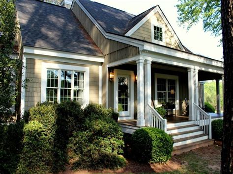 Small Southern Coastal House Plans