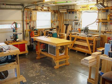 Small Woodworking Workshop Design