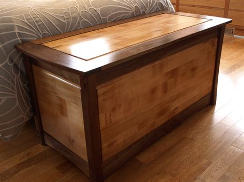 Small-Blanket-Chest-Plans