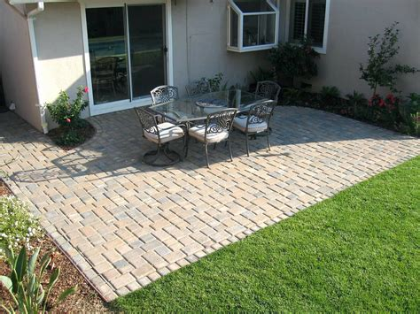Small-Brick-Patio-Diy