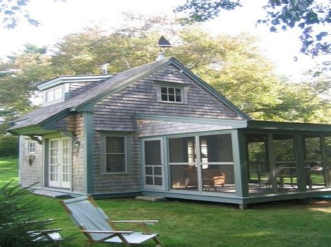 Small-Cottage-Plans-With-Screened-Porch