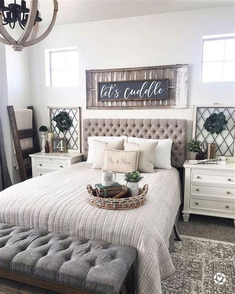 Small-Farmhouse-Bed-Room