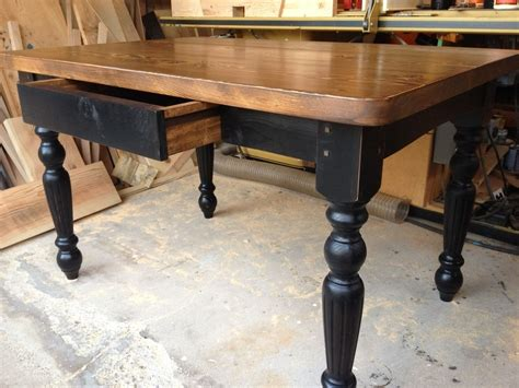 Small-Farmhouse-Table-With-Drawer