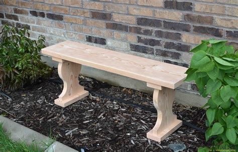 Small-Garden-Bench-Diy