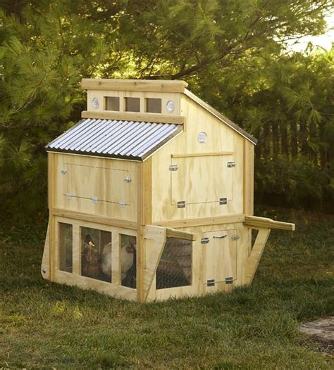 Small-Portable-Chicken-Coop-Plans