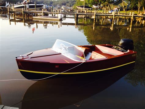 Small-Runabout-Boat-Plans