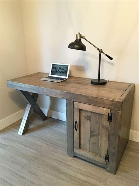 Small-Rustic-Diy-Desk