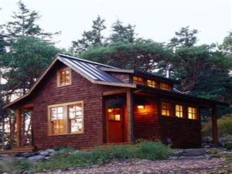 Small-Rustic-Mountain-Cabin-Plans