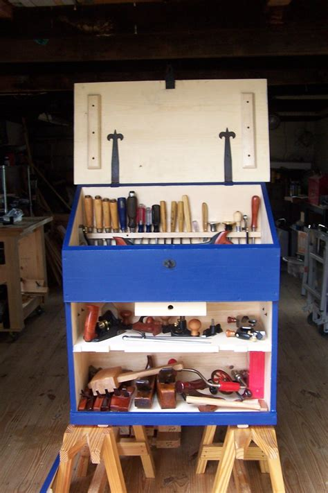 Small-Tool-Cabinet-Plans