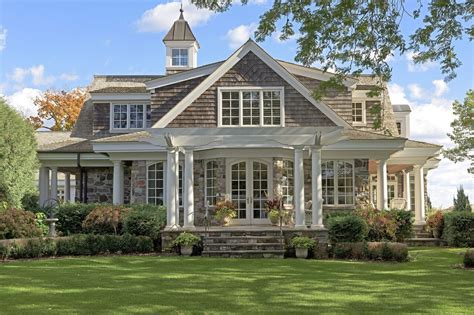 Small-Wood-And-Stone-House-Plans-With-Porches