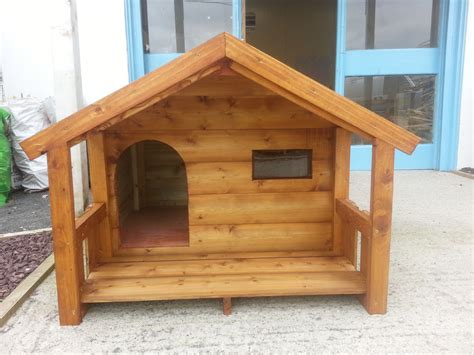 Small-Wooden-Dog-House-Plans