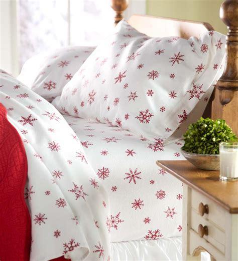 Snowflake-Bed-Sheets