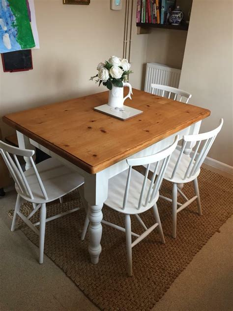 Solid-Pine-Farmhouse-Dining-Table