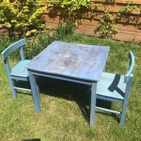 Solid-Wood-Childrens-Table