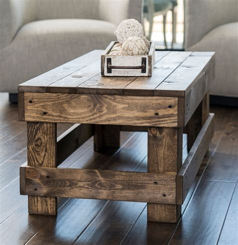 Solid-Wood-Farmhouse-End-Table