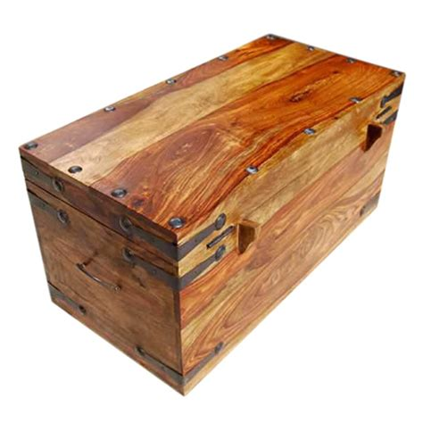 Solid-Wood-Trunk-Coffee-Table