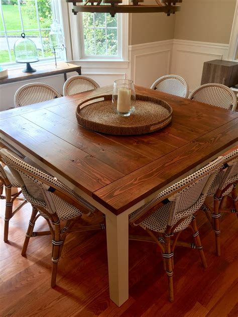 Square-Kitchen-Farm-Table