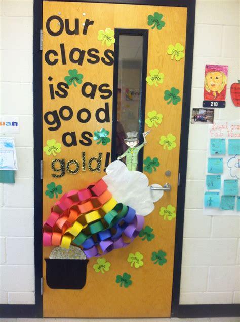St-Patricks-Day-Door-Diy-Classroom