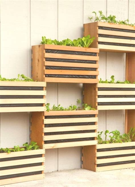 Stacked-Planter-Box-Plans